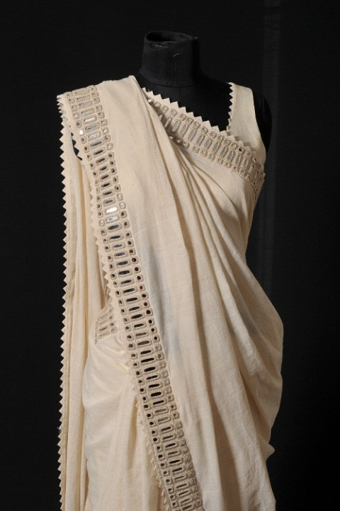 Off-white Handwoven Mirror Embroidered Sari With Blouse and Stole
